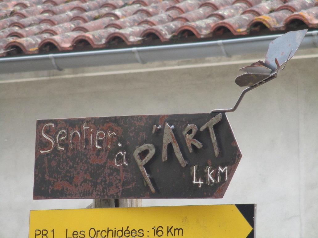 Flèche Sentier à p'Art